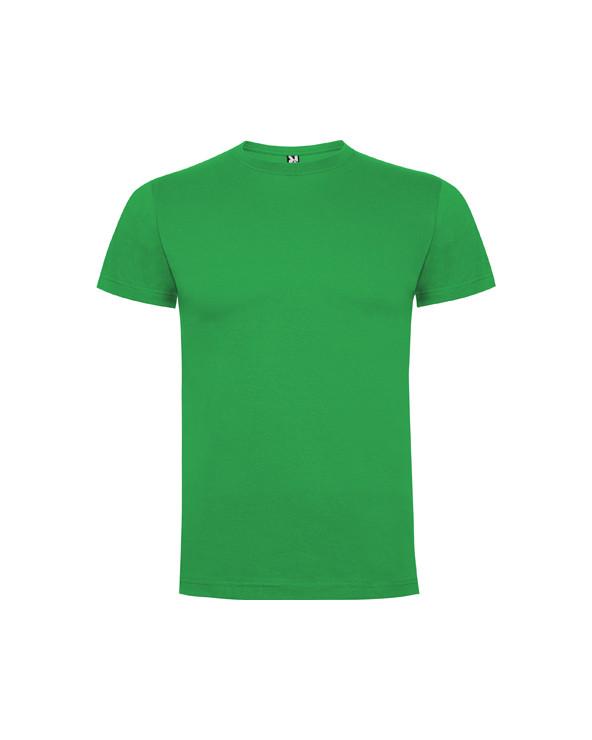 Camiseta de manga corta, cuello redondo de 4 capas y cubre costuras reforzado en cuello y hombros. Costuras laterales.