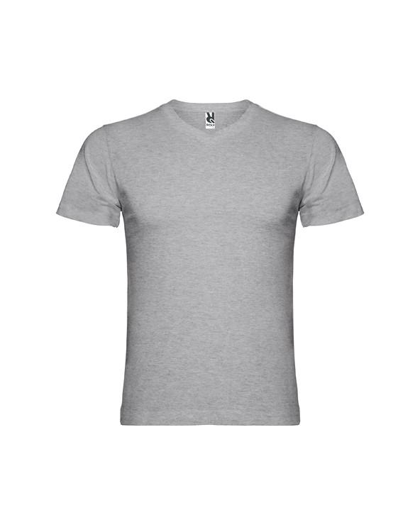 Camiseta de manga corta y escote en pico de 4 capas. Cubre costuras reforzado en cuello y hombros. Costuras laterales.