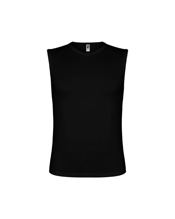 Camiseta ajustada y escote con forma ligeramente en pico. Ribeteado en escote y sisa con costuras laterales remalladas, dándole