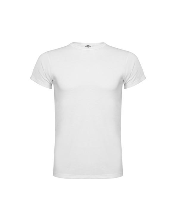 Camiseta de manga corta con cuello redondo viveado en el mismo tejido y costuras laterales. Fabricada en tejido de poliéster co