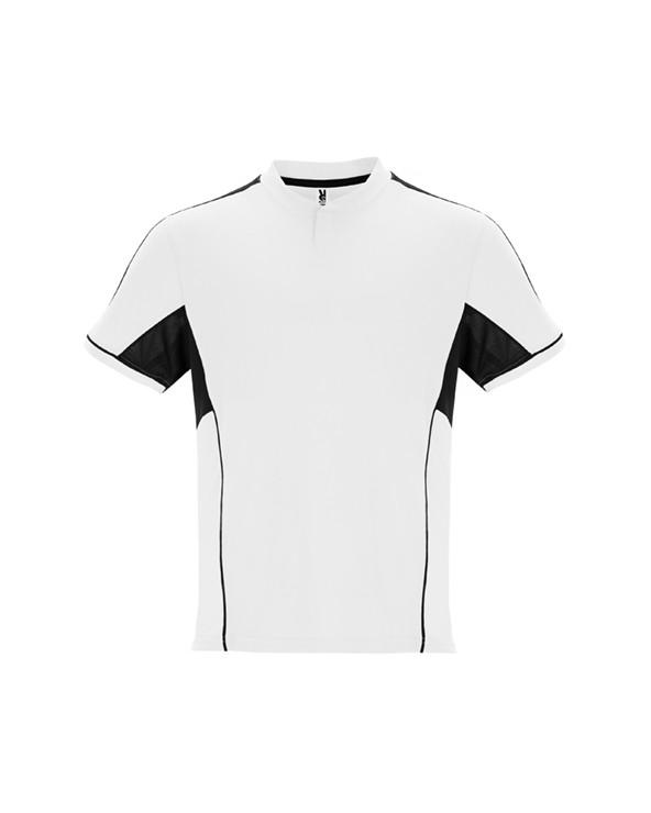 Conjunto deportivo unisex con combinación de tres tejidos: 1. Camiseta con cuello mao y apertura mediante broche de presión.