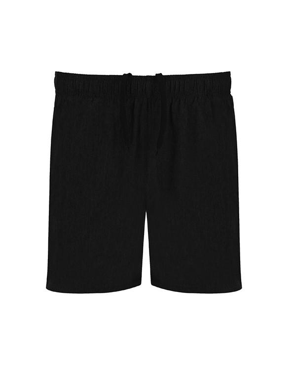 Bermuda multideporte con dos tejidos. Cinturilla elástica con cordón interior cruzado a contraste. Banda lateral e interior de
